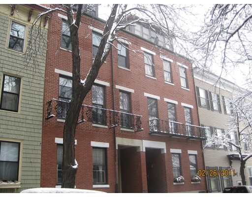 Additional photo for property listing at 58 Elm  Boston, Massachusetts 02129 Estados Unidos