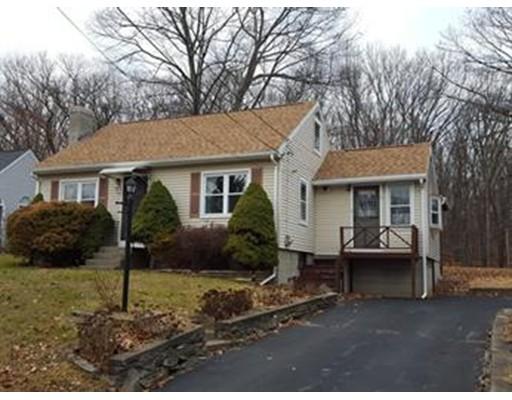 Additional photo for property listing at 39 Manor Road  Shrewsbury, Massachusetts 01545 United States