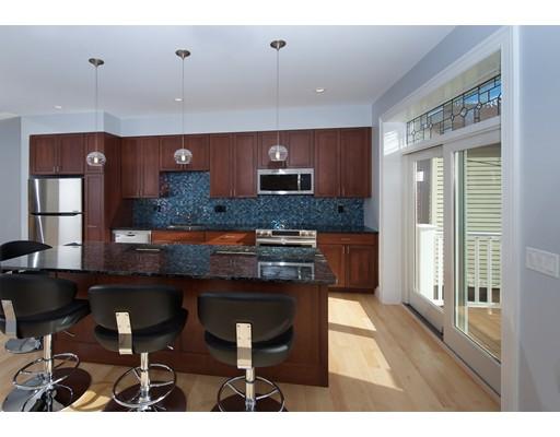 独户住宅 为 出租 在 46 Leamington Road 波士顿, 马萨诸塞州 02135 美国