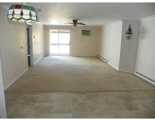 独户住宅 为 出租 在 11 Gibbs Street 伍斯特, 马萨诸塞州 01607 美国
