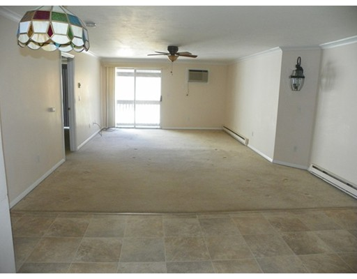 Additional photo for property listing at 11 Gibbs Street  伍斯特, 马萨诸塞州 01607 美国