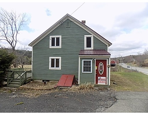 Casa Unifamiliar por un Venta en 149 Berkshire Trl W Goshen, Massachusetts 01032 Estados Unidos