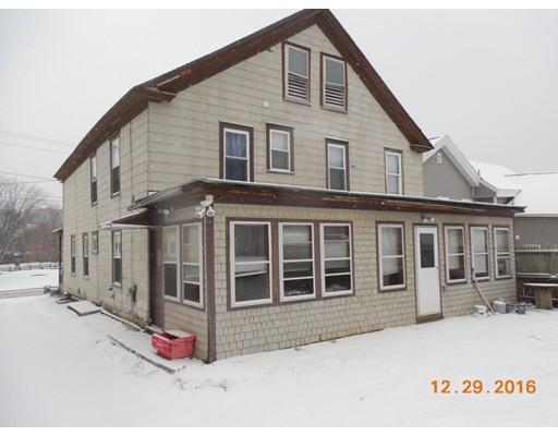 Maison multifamiliale pour l Vente à 8 Depot Street Adams, Massachusetts 01220 États-Unis