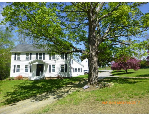 Casa Unifamiliar por un Venta en 1874 Old Turnpike Road Oakham, Massachusetts 01068 Estados Unidos