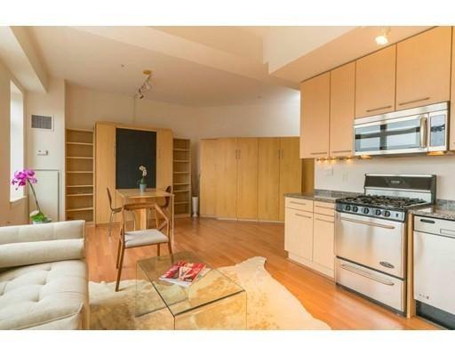 独户住宅 为 出租 在 35 Fay Street 波士顿, 马萨诸塞州 02118 美国