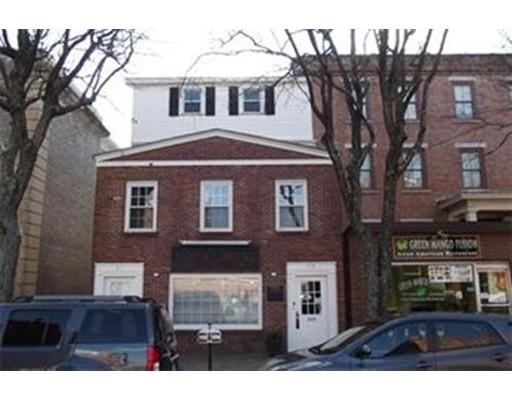 Maison avec plusieurs logements pour l Vente à 25 Hurd Street Lowell, Massachusetts 01852 États-Unis