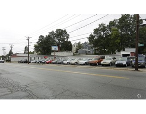 Commercial for Sale at 551 Street Haverhill, Massachusetts 01832 United States
