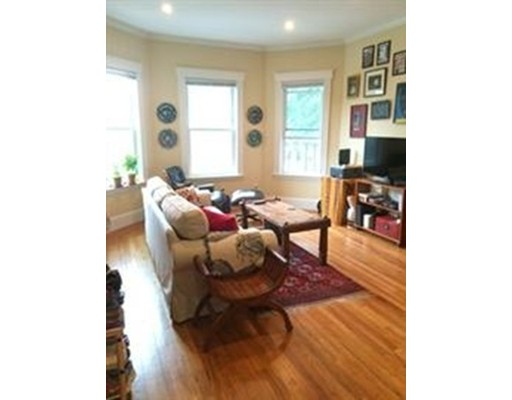 Additional photo for property listing at 373 Broadway  Cambridge, Massachusetts 02139 Estados Unidos