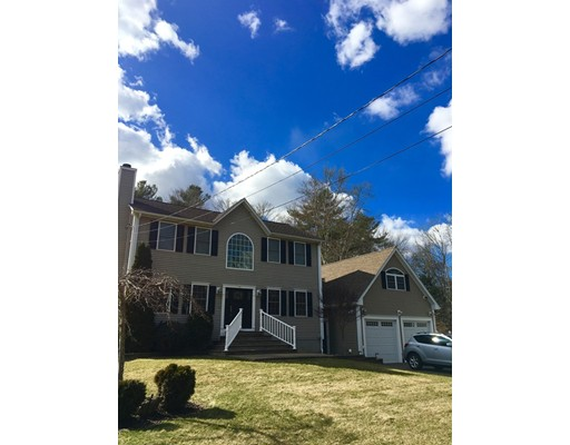 Single Family Home for Sale at 85 Gammons Road Acushnet, Massachusetts 02743 United States