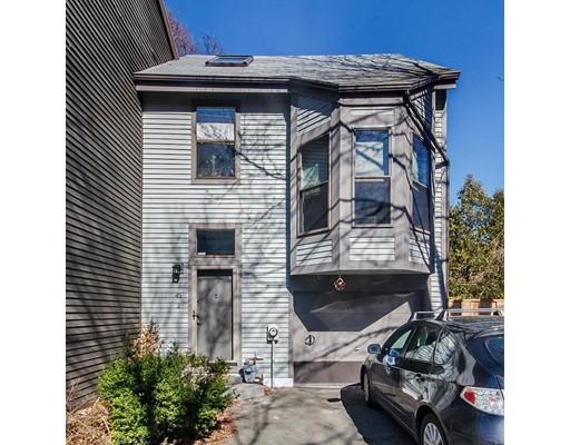 Casa Unifamiliar por un Alquiler en 45 Cogswell Avenue Cambridge, Massachusetts 02140 Estados Unidos