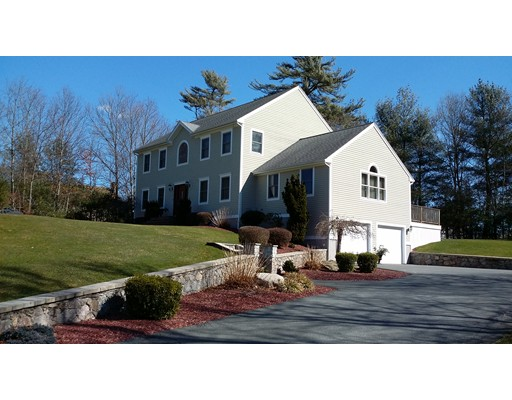 Single Family Home for Sale at 4 Gabriel Farms Drive Acushnet, Massachusetts 02743 United States