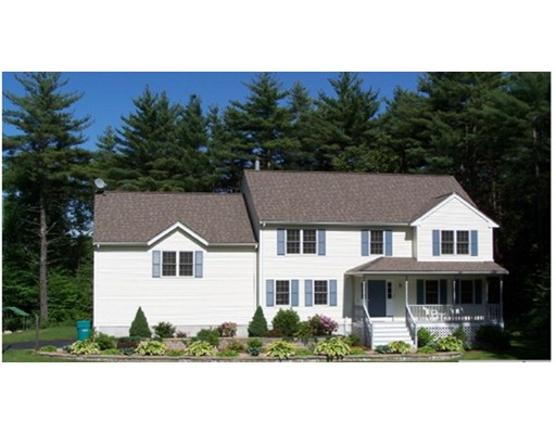 Single Family Home for Sale at 55 Stanphyl Road Uxbridge, Massachusetts 01569 United States