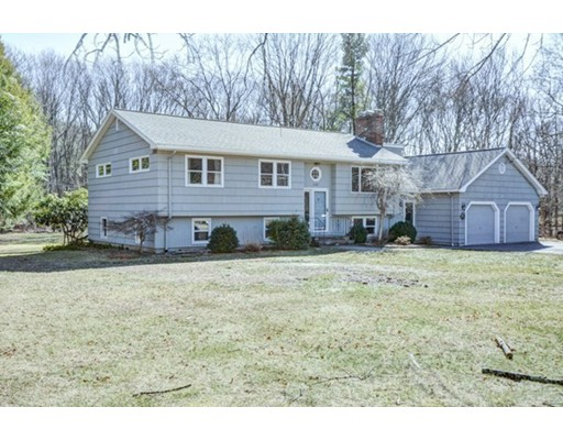 247 W Acton Rd, Stow, MA 01775