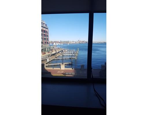 独户住宅 为 出租 在 357 Commerical 波士顿, 马萨诸塞州 02109 美国