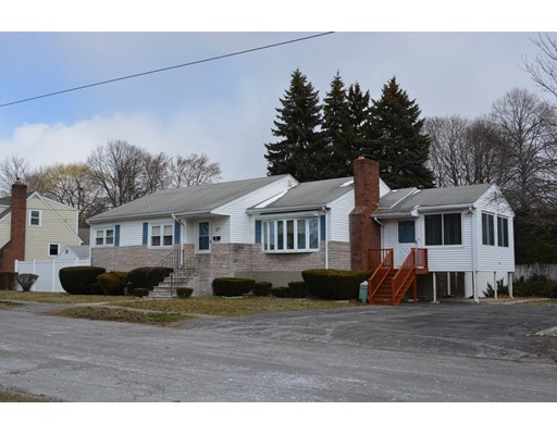 Single Family Home for Sale at 24 Jewett Street Saugus, Massachusetts 01906 United States