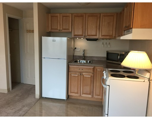 Additional photo for property listing at 340 Main  Melrose, Massachusetts 02176 Estados Unidos