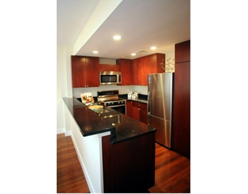 Additional photo for property listing at 533 Cambridge Street  Boston, Massachusetts 02134 Estados Unidos