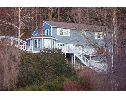 Single Family Home for Sale at 127 Hillcrest Drive Bernardston, Massachusetts 01337 United States