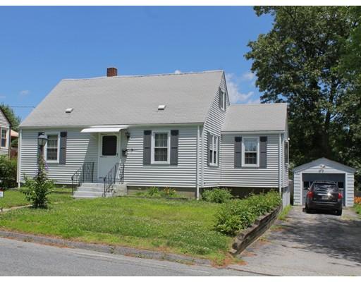 Maison unifamiliale pour l Vente à 128 Chester Street 128 Chester Street Worcester, Massachusetts 01605 États-Unis