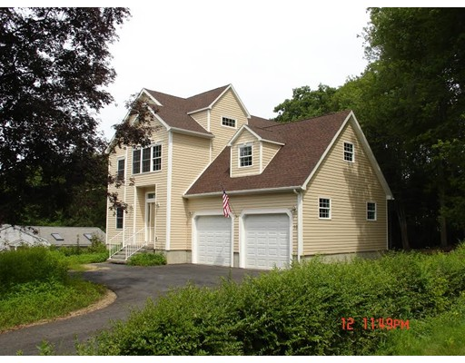 Casa Unifamiliar por un Venta en 10 Moss Street Burlington, Massachusetts 01803 Estados Unidos