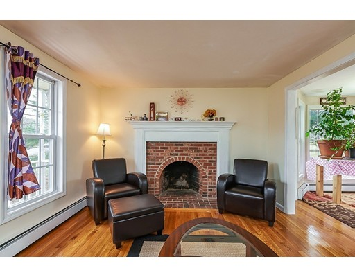 Single Family Home for Sale at 279 Cordaville Road Southborough, Massachusetts 01772 United States