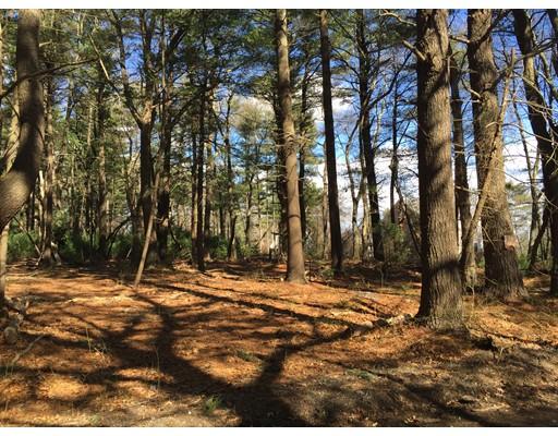 土地 为 销售 在 8 Norwell Road 马什菲尔德, 马萨诸塞州 02050 美国