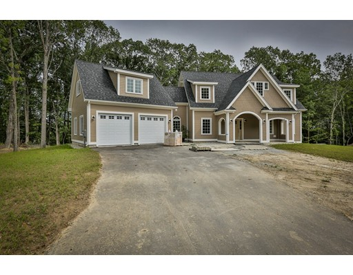 Single Family Home for Sale at 12 Abbey Road Merrimac, Massachusetts 01860 United States
