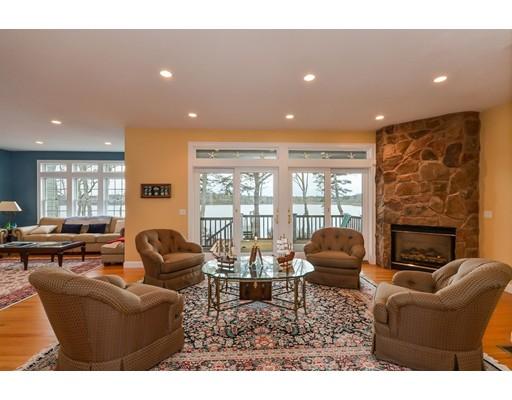 واحد منزل الأسرة للـ Sale في 133 tide run 133 tide run Mashpee, Massachusetts 02649 United States