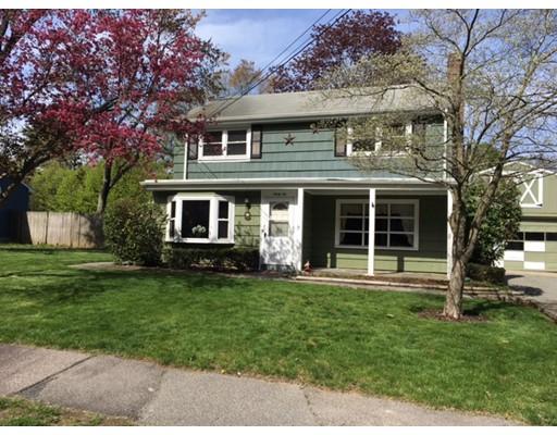 Частный односемейный дом для того Продажа на 32 Juniper Drive Norwood, Массачусетс 02062 Соединенные Штаты
