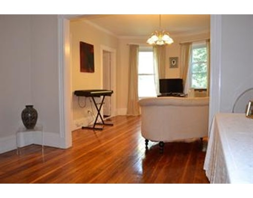 Additional photo for property listing at 90 Brook  Brookline, Massachusetts 02445 Estados Unidos