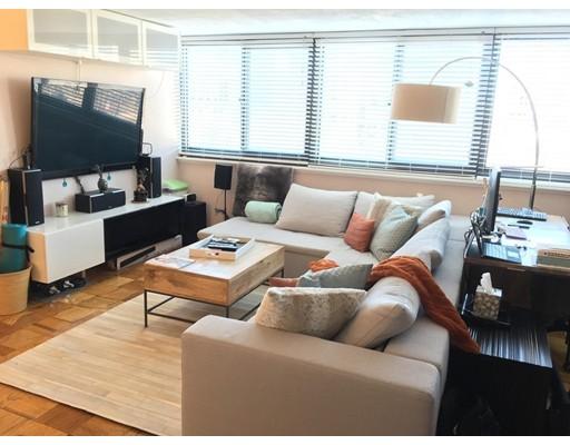 独户住宅 为 出租 在 9 Hawthorne Place 波士顿, 马萨诸塞州 02114 美国