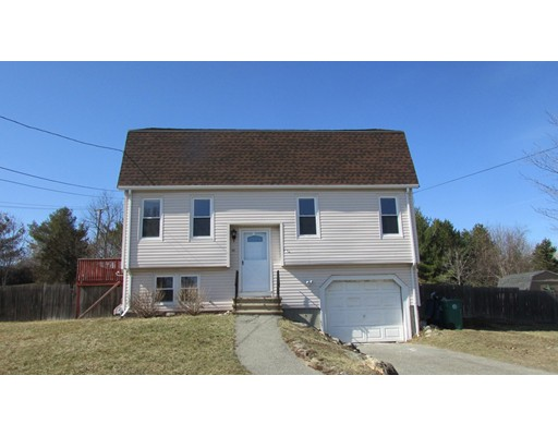 Single Family Home for Rent at 14 Tower Farm Road Billerica, Massachusetts 01821 United States