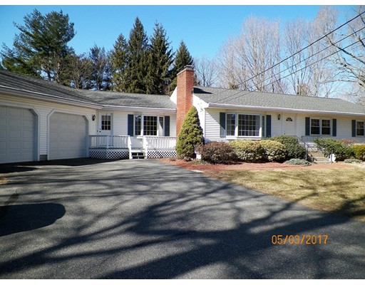 Maison unifamiliale pour l Vente à 165 N Main Street West Boylston, Massachusetts 01583 États-Unis