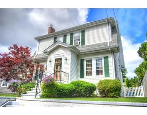 Частный односемейный дом для того Аренда на 434 Rochester Street Fall River, Массачусетс 02720 Соединенные Штаты