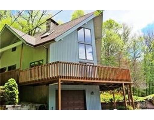 Casa Unifamiliar por un Venta en 33 Bald Mountain Road Somers, Connecticut 06071 Estados Unidos