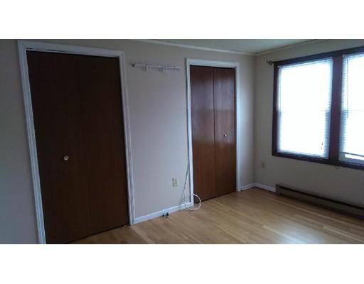 独户住宅 为 出租 在 71 Knowlton Street Somerville, 马萨诸塞州 02145 美国