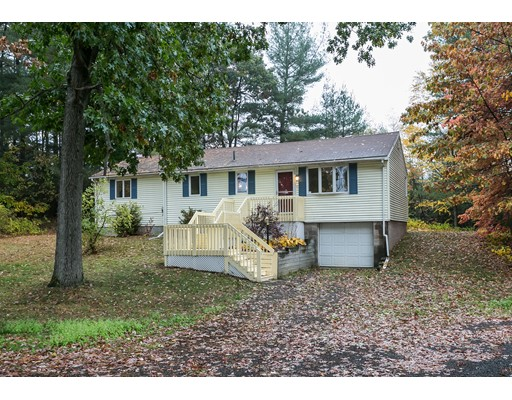 Single Family Home for Sale at 130 Jackson Drive Suffield, Connecticut 06093 United States
