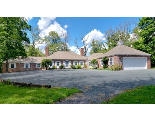 Single Family Home for Sale at 43 Streetrawberry Hill Street 43 Streetrawberry Hill Street Dover, Massachusetts 02030 United States