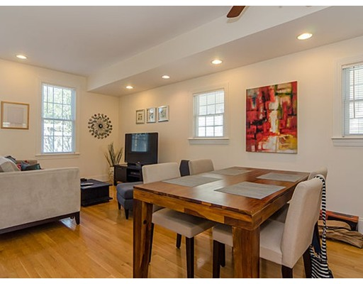 Casa Unifamiliar por un Alquiler en 67 Bay State Road Cambridge, Massachusetts 02138 Estados Unidos