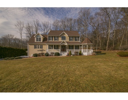 Single Family Home for Sale at 3 Fox Tale Drive Johnston, Rhode Island 02919 United States