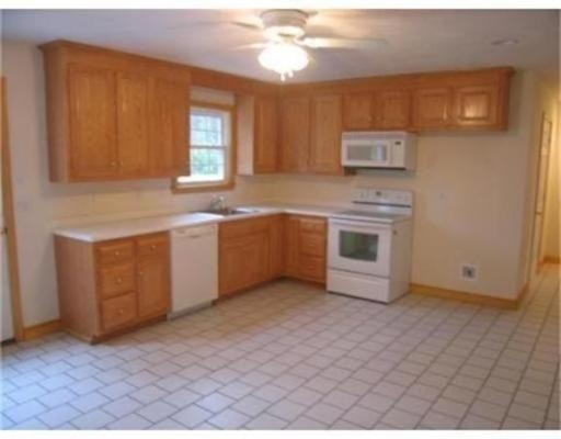 Additional photo for property listing at 1 Main  Spencer, Massachusetts 01562 United States
