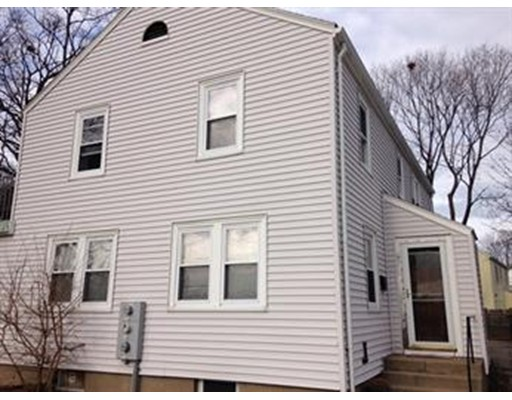 Additional photo for property listing at 692 Washington Street  Quincy, Massachusetts 02169 Estados Unidos