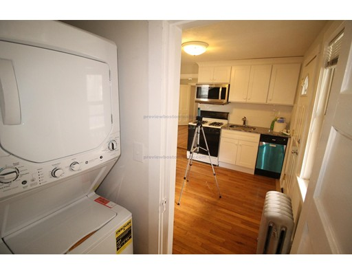 Additional photo for property listing at 347 Market Street  Boston, Massachusetts 02135 Estados Unidos