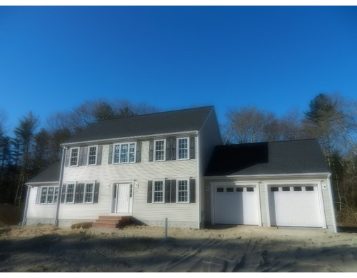 Single Family Home for Sale at 355 Pine Street Raynham, Massachusetts 02767 United States