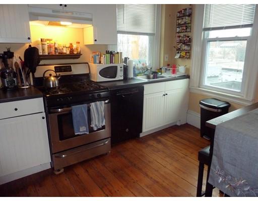 独户住宅 为 出租 在 1095 Cambridge Street 坎布里奇, 马萨诸塞州 02139 美国