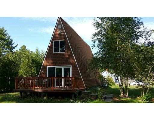 独户住宅 为 销售 在 74 Quaboag Street 布鲁克菲尔德, 01506 美国