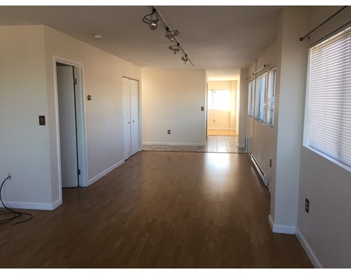 Additional photo for property listing at 26 S Water Street  New Bedford, Massachusetts 02740 United States