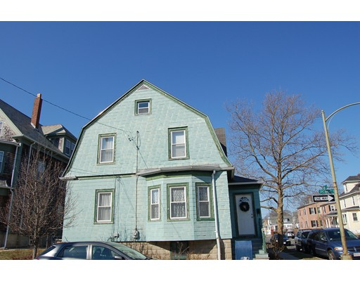 Additional photo for property listing at 381 Park Street  New Bedford, 马萨诸塞州 02740 美国