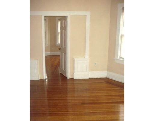 Casa Unifamiliar por un Alquiler en 30 Baird Boston, Massachusetts 02124 Estados Unidos