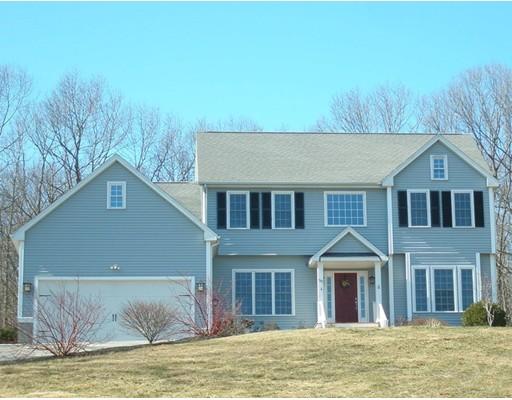 Additional photo for property listing at 50 Acorn Drive  Uxbridge, Massachusetts 01569 United States